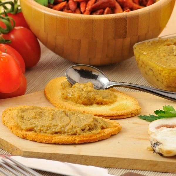 Patè di funghi in olio extra vergine di oliva, confezionato in vaschette da 140g.