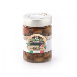 Mix di olive verdi e nere denocciolate con pomodori secchi in olio di semi di girasole ed olio EVO confezionate in vaso di vetro linea PREMIUM peso totale 320g - 190g sgocc.